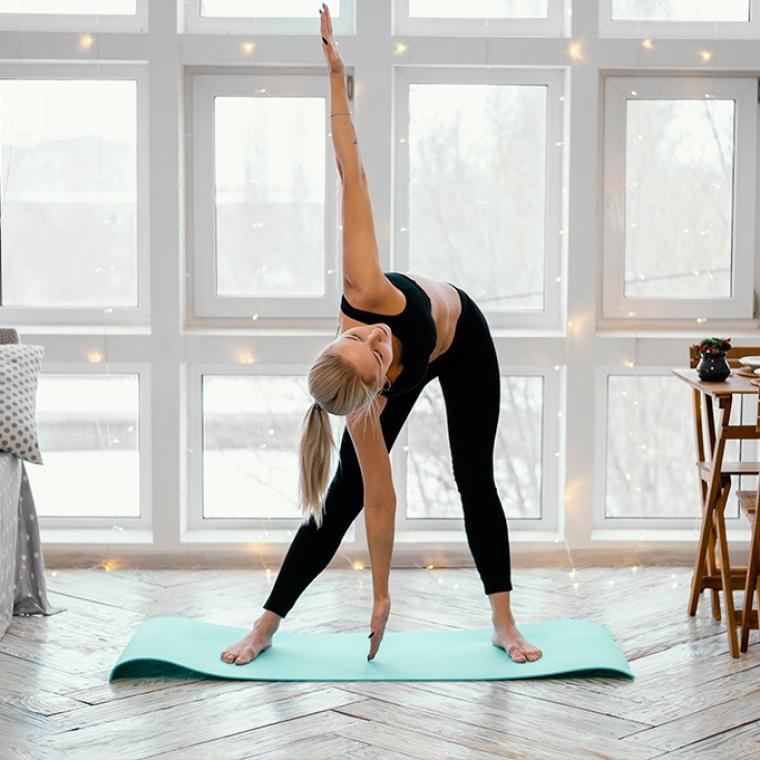 Proste plecy - ćwiczenia i zabiegi dla osób mających problem z garbieniem się.